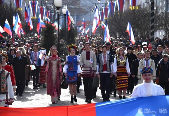 Крым встречает пятую годовщину референдума о воссоединении с Россией
