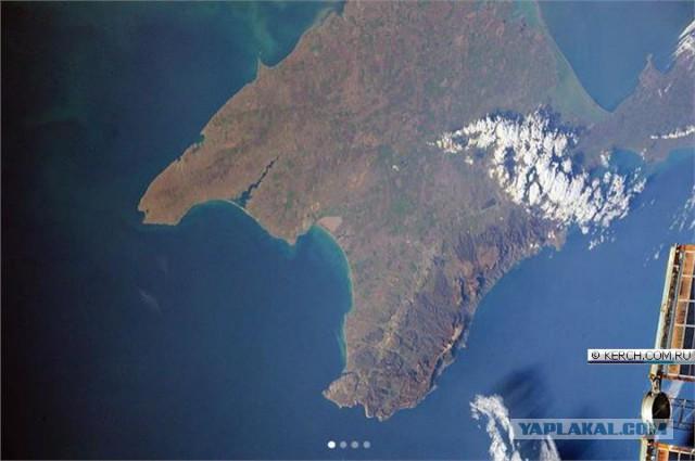 Крымский мост: свежие фото из космоса