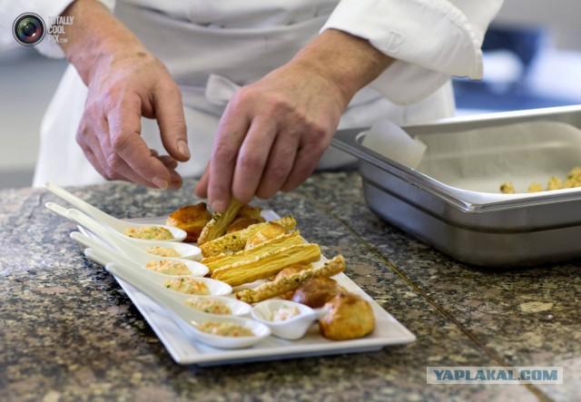 Тушить ребра с картофелем в мультиварке