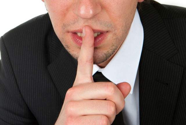 КПРФ предложила штрафовать чиновников за неуважительные высказывания о россиянах