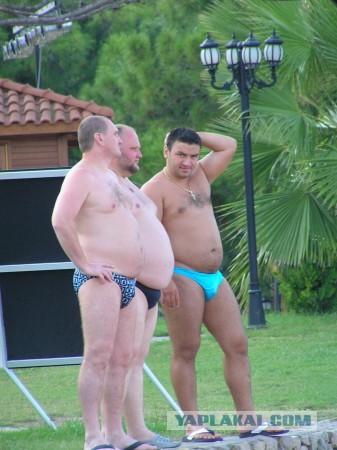 руские тетки в трусах фото