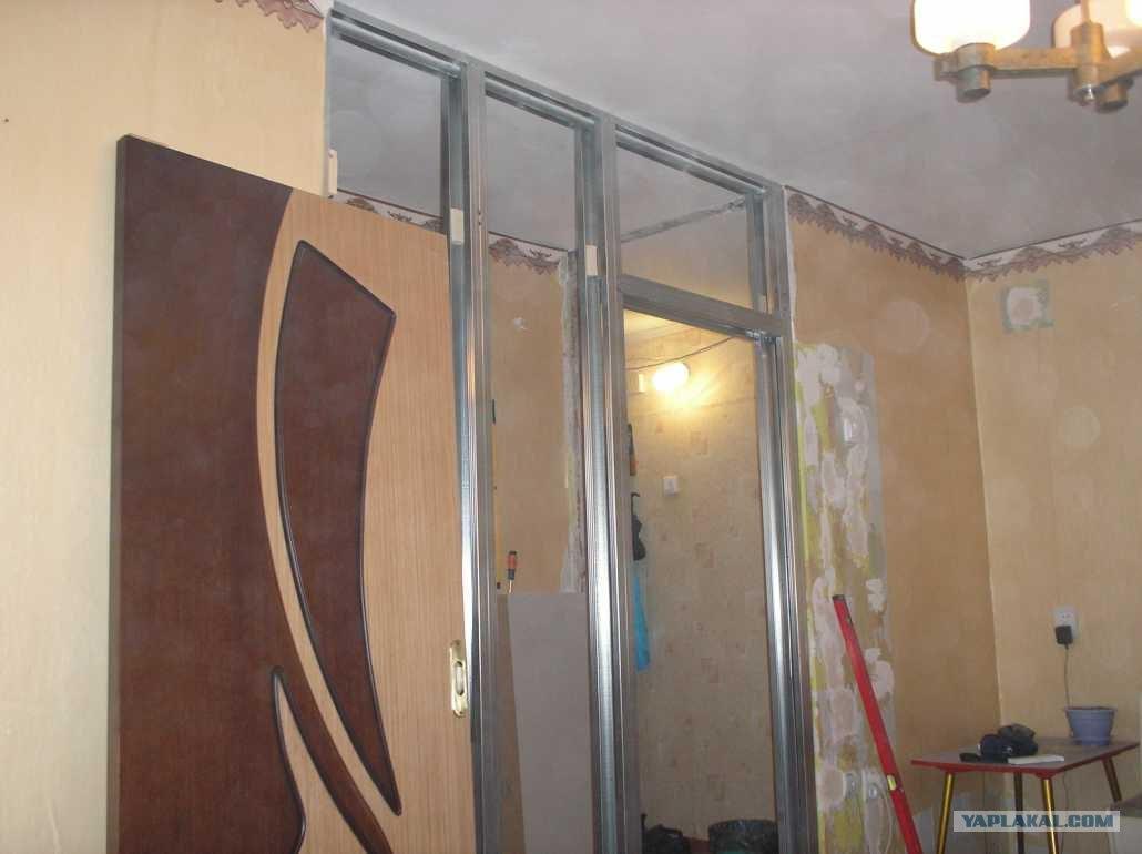 конструкция для выдвижной двери из гкл фото каждый раз