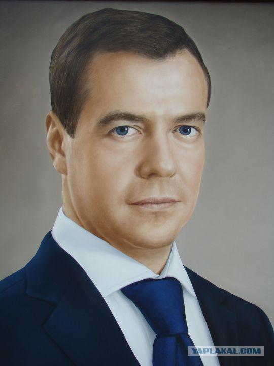 фото портрет медведева в высоком разрешении обидного мало
