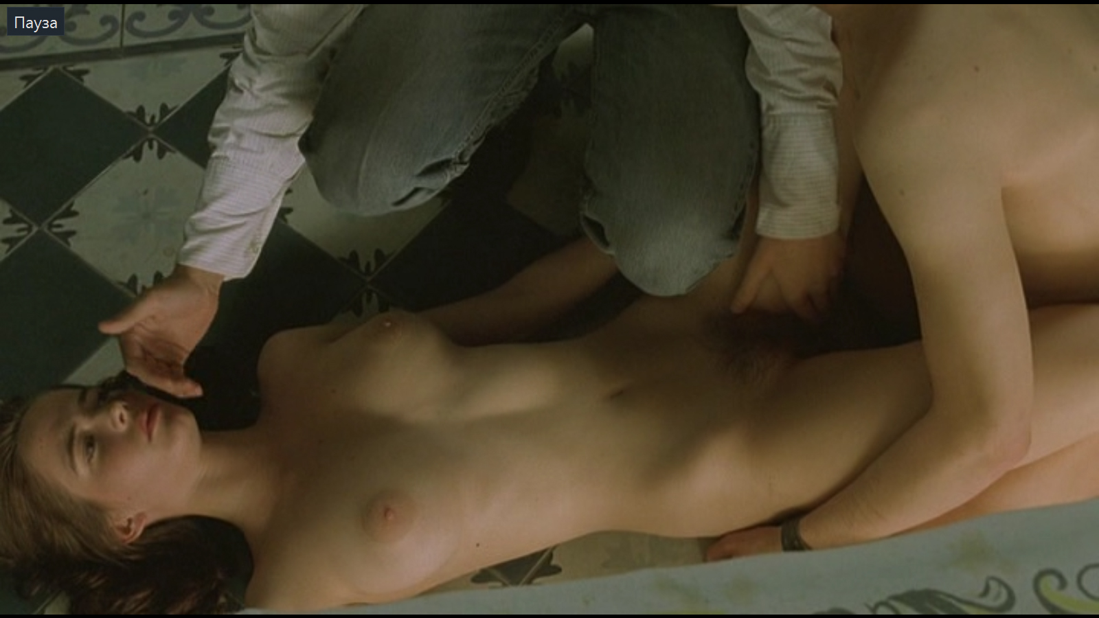 otkrovennie-stseni-iz-hudozhestvennoy-filmov-porno-ya-shas-konchu-blyad