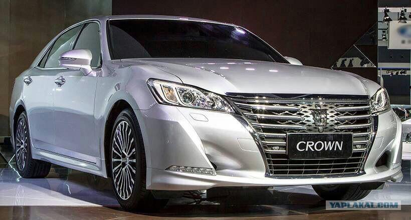 Toyota Crown majesta 2017