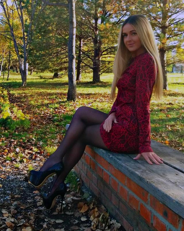 погрузил тебя частные фото красивых девушек блондинок из соц сетей один прекрасный миг