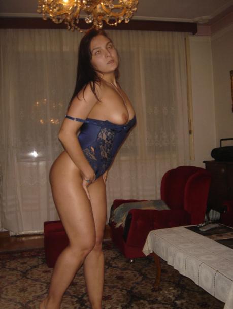 Сландо алушта знакомство с девушками для секса с телефонами — photo 2