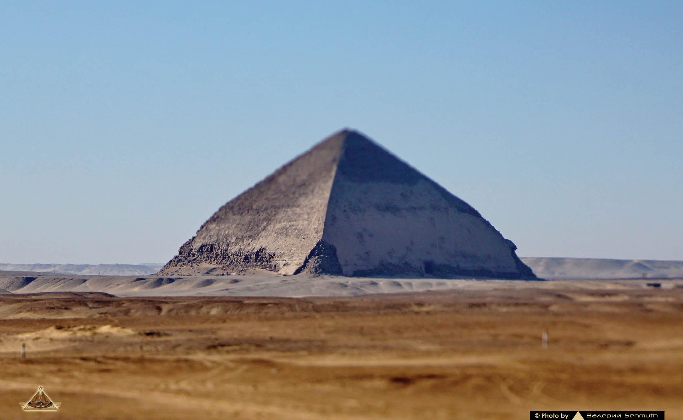 Пстроил пирамиду порно фото 375-415