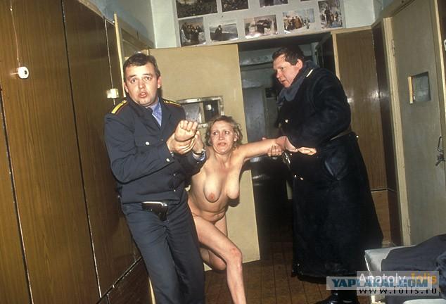 порно фото из женского вытрезвителя вот
