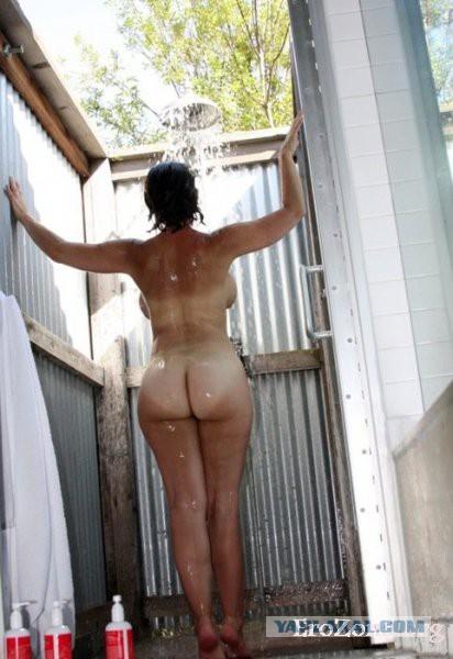 фото голых задом