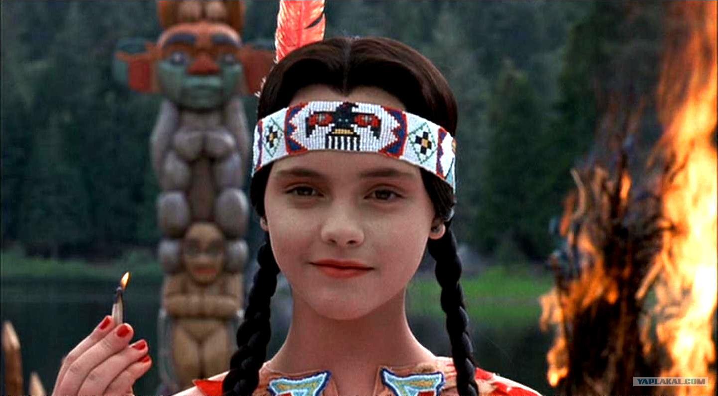 Картинки по запросу фото из фильма адамсов семья девочка