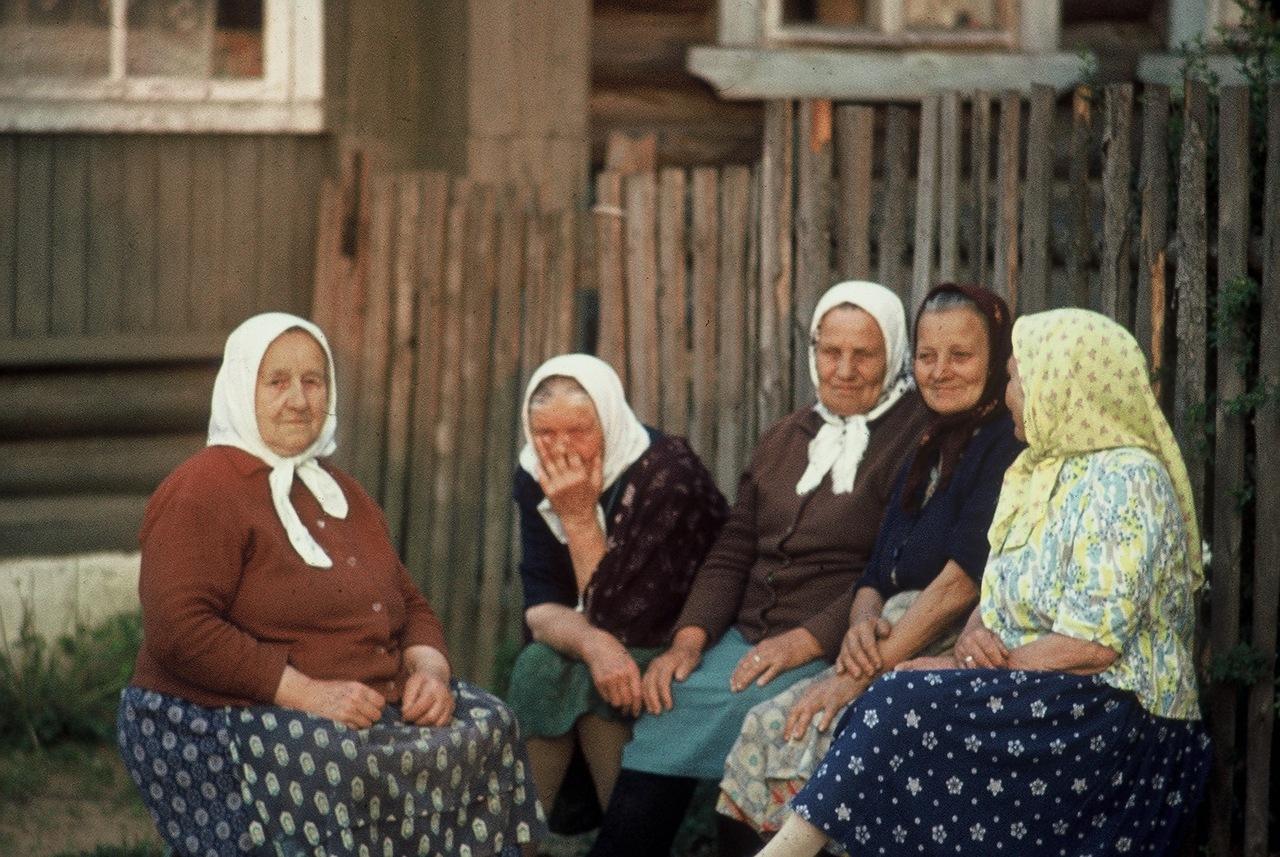 Старушки бабушки в чулках