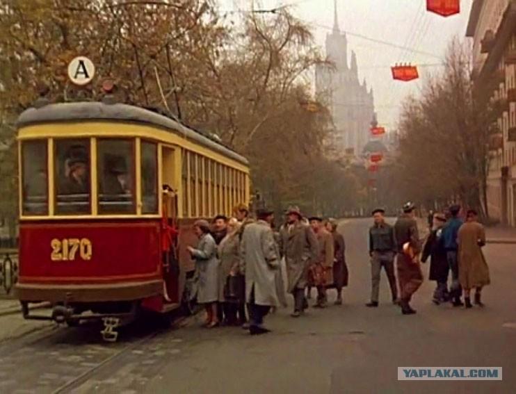 Предметы, кочующие из одного советского фильма в другой :-)