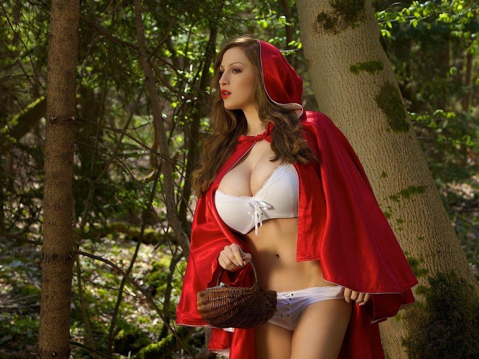 Сексуальная игра в красную шапочку