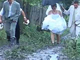 porno-svadba-v-russkoy-derevne