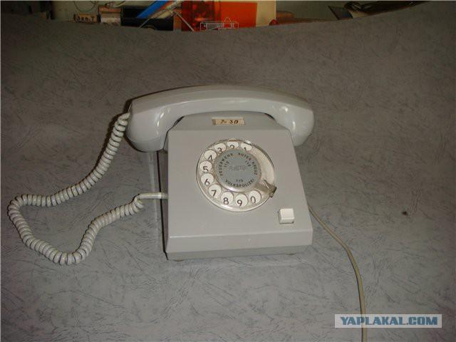Телефонные аппараты эпохи СССР