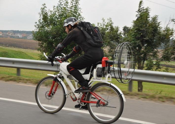 Картинки велосипедистов смешные, мужчинам-моему герою доброго