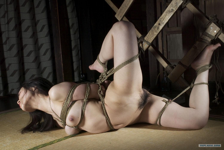 девушки верёвкой видео связывание