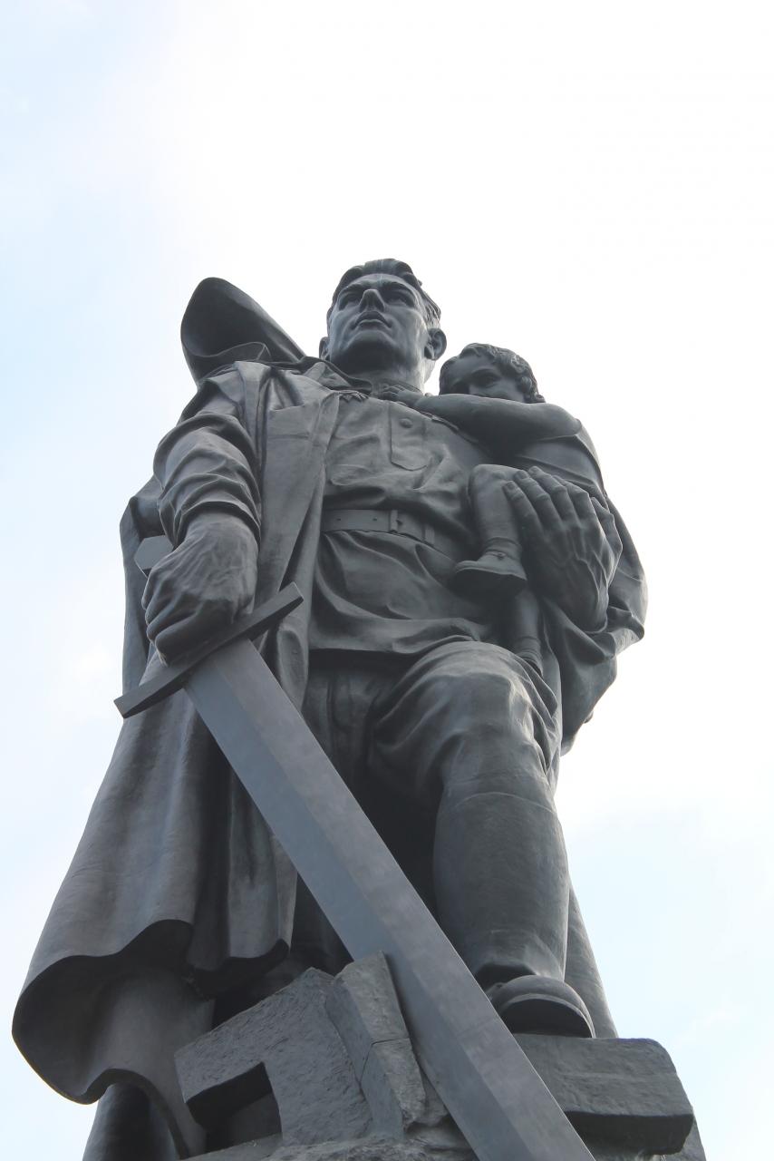 дзержинский картинка памятник неизвестному солдату в берлине делать, если