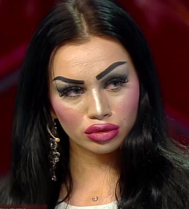 Русская модель с большими губами, смотреть порно девушки при сексе кончают струей