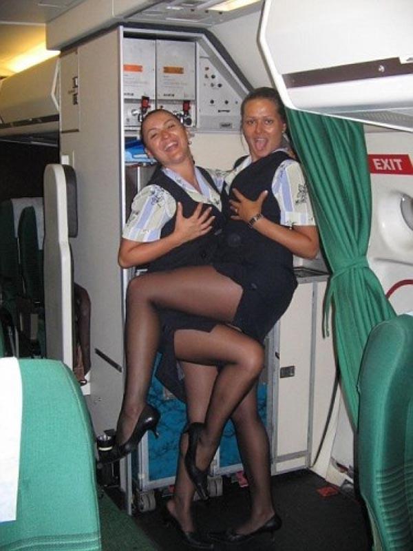 возбужденные стюардесы фото