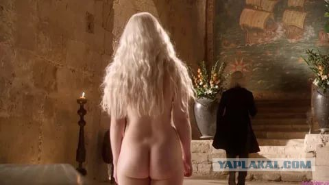 Эмилия кларк голая фото