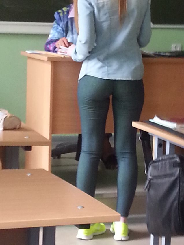 видео студентки в штанах
