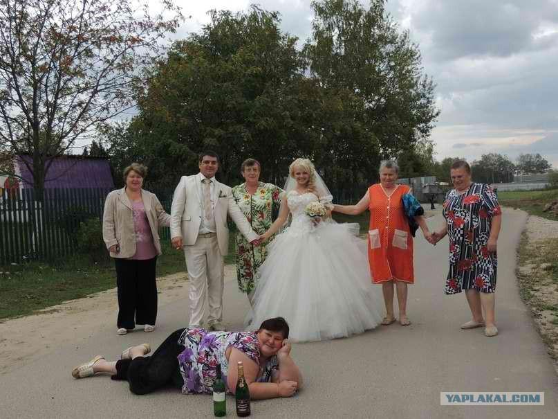 любительское видео на свадьбе трахают свидетельницу