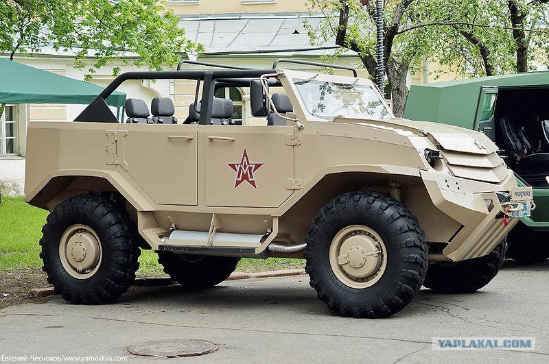военные автомобили фото
