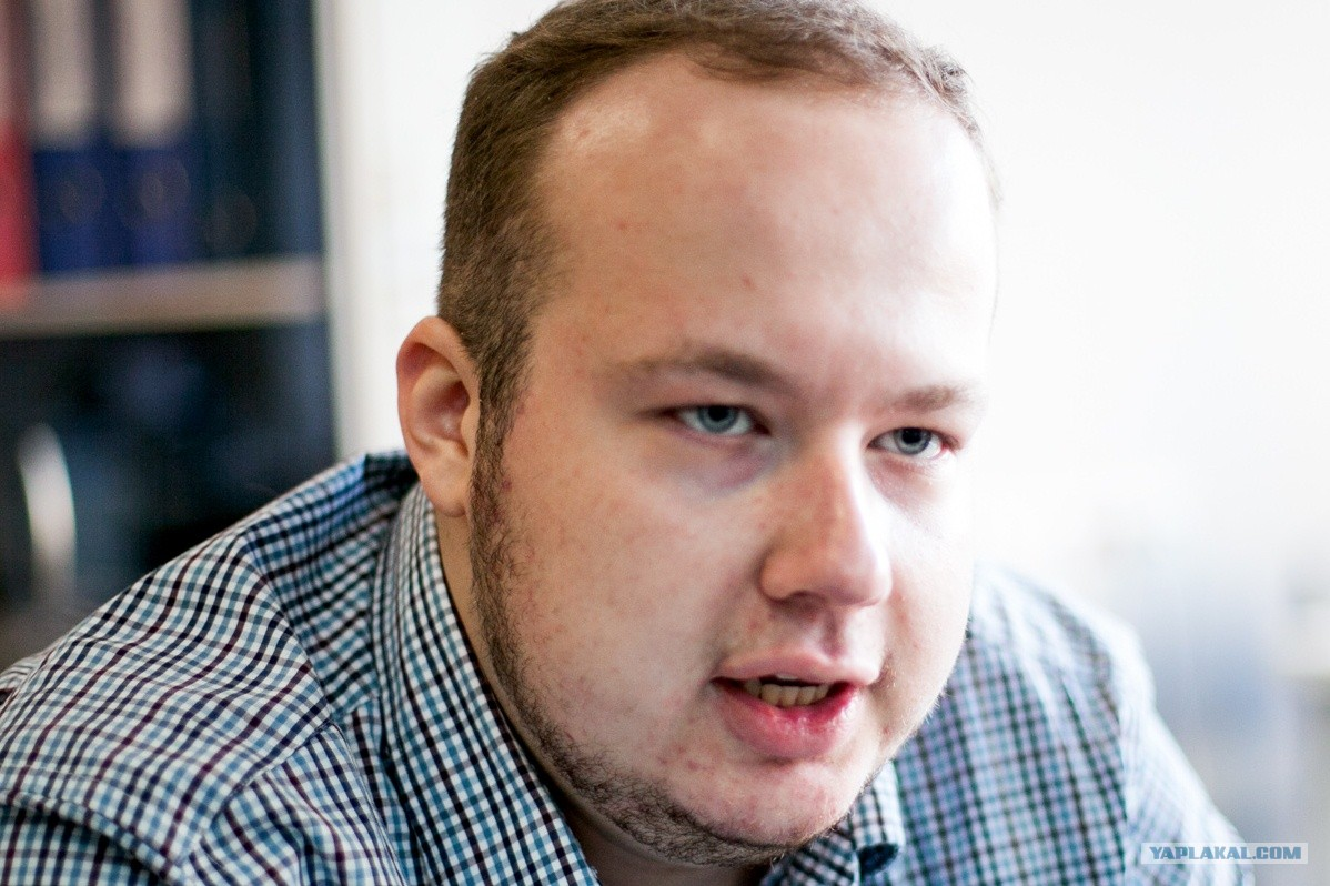 Георгий Албуров сбежал от журналистов