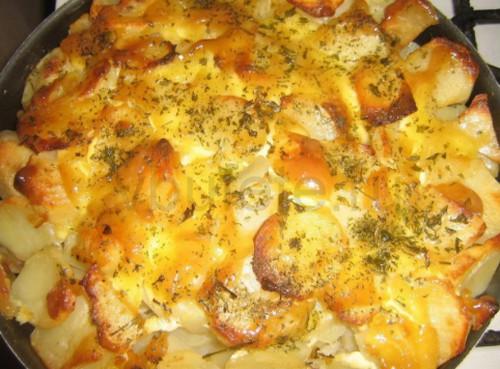 Курица в кефире с картошкой в духовке 6 98 ингредиенты беспроигрышный вариант приготовления курицы с картошкой в духовке.