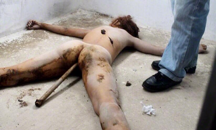 Nude women beaten — img 14