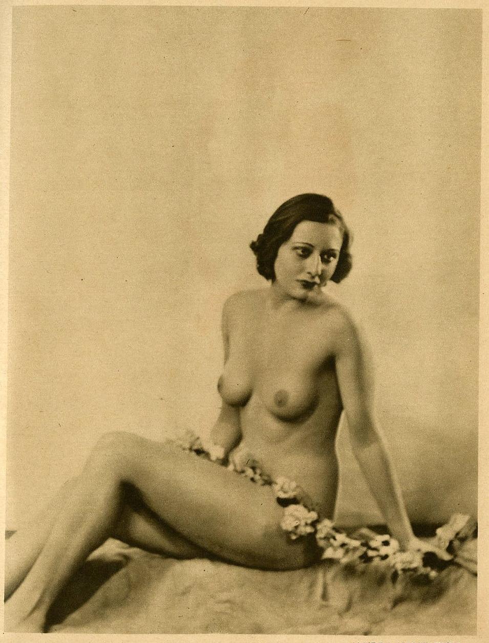 Joan Crawford Nude Pics
