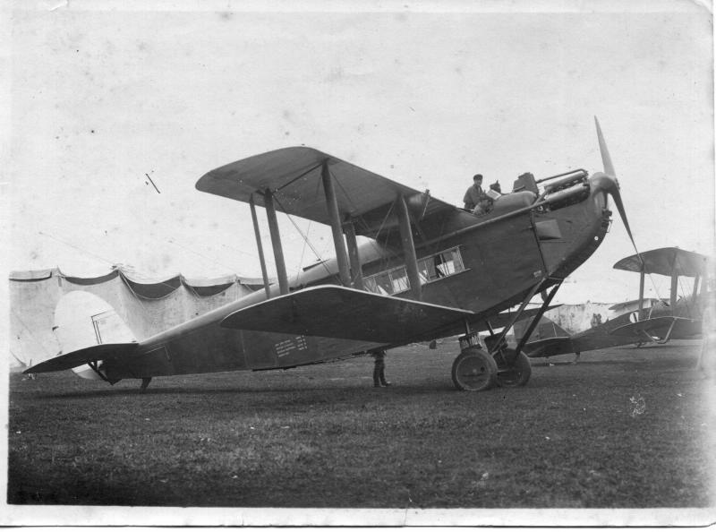 цепеллины соревновались с чем-то вот таким DH-34