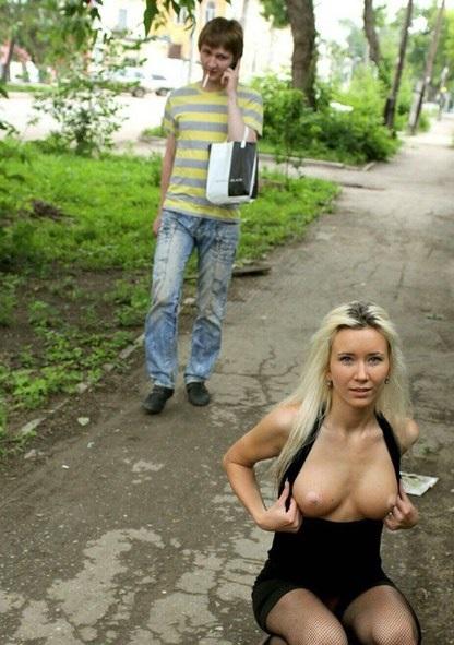 голые под одеждой фото