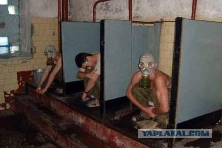 Парни в армейской казарме ночной стояк у солдат фото 235-347
