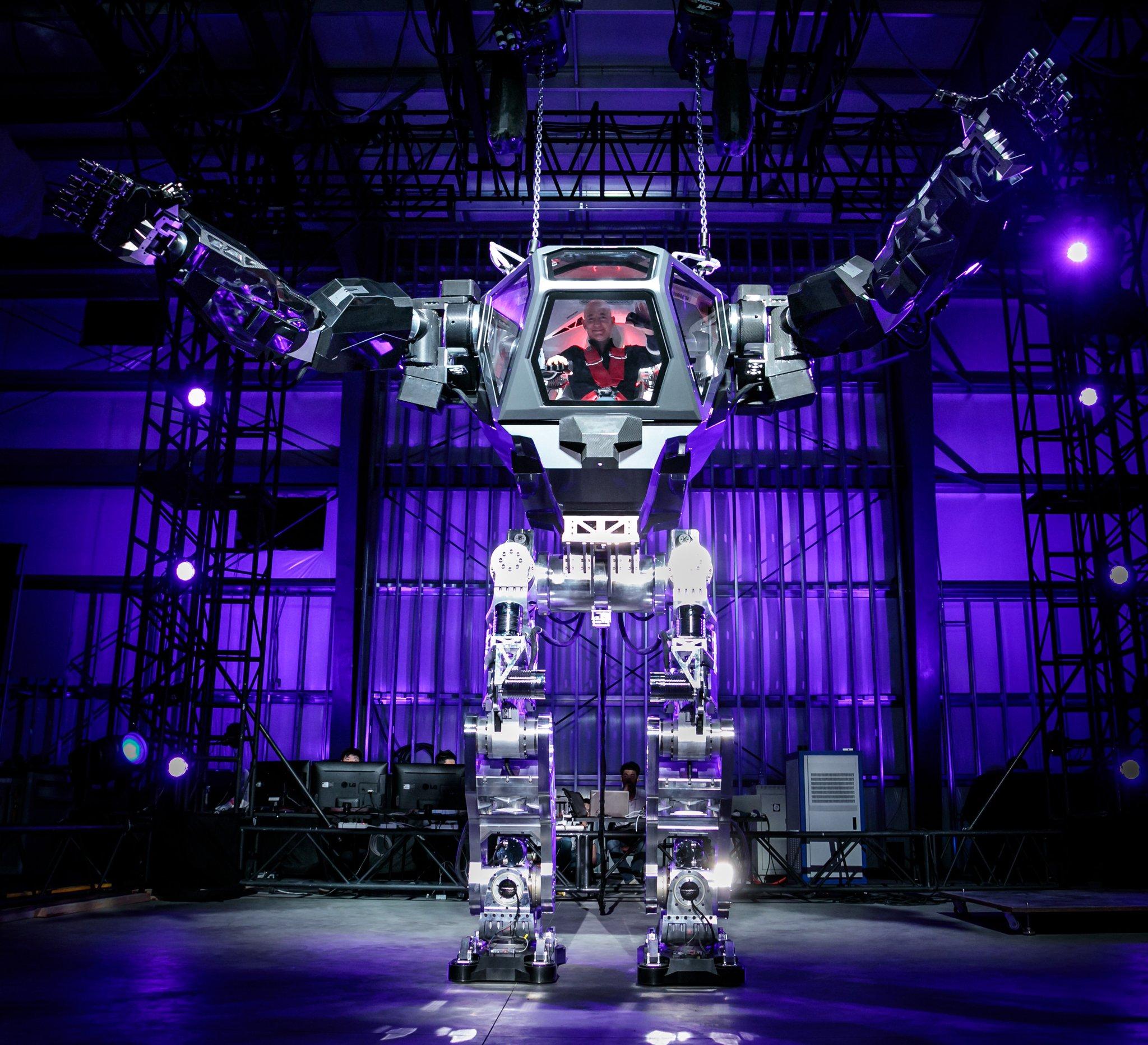 картинки больших роботов критерием выбора является