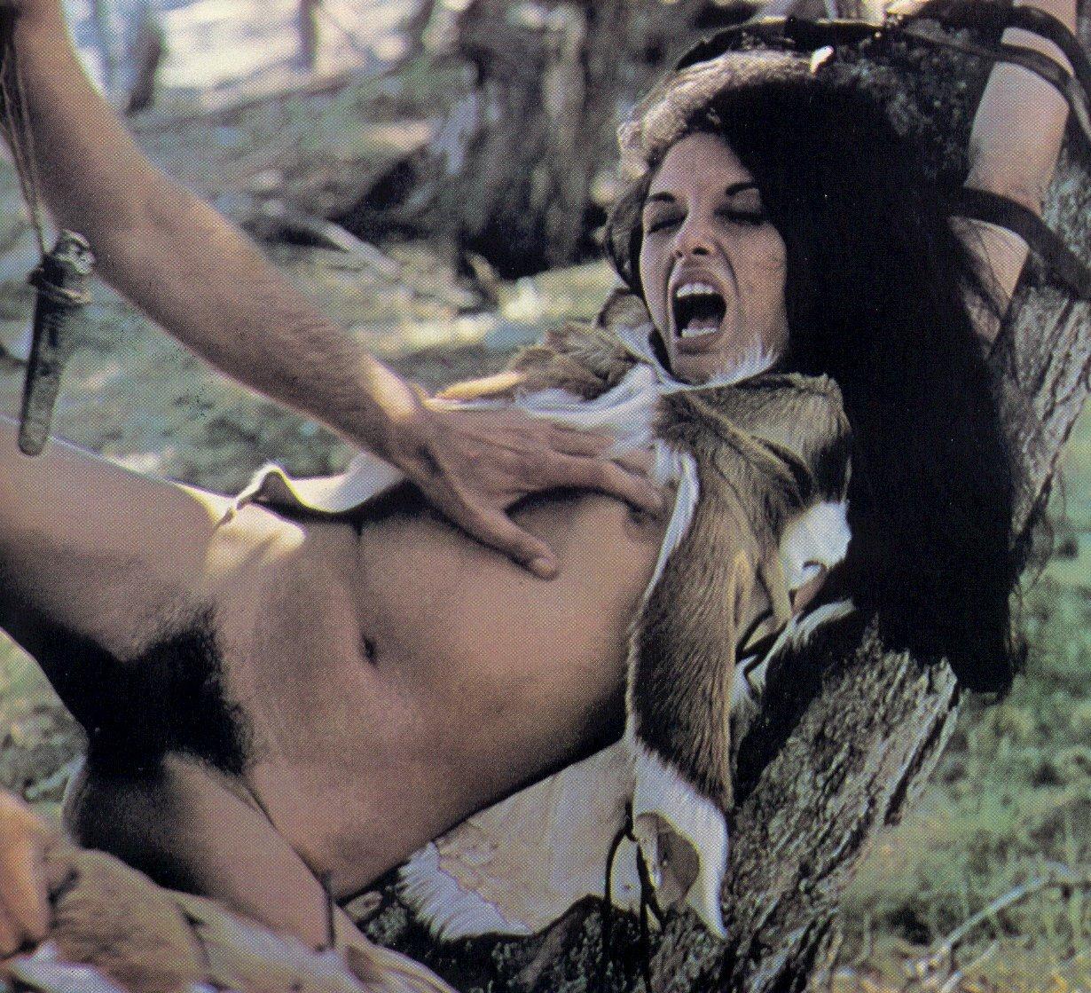 Пышными порно доисторические девушки в хорошем качестве