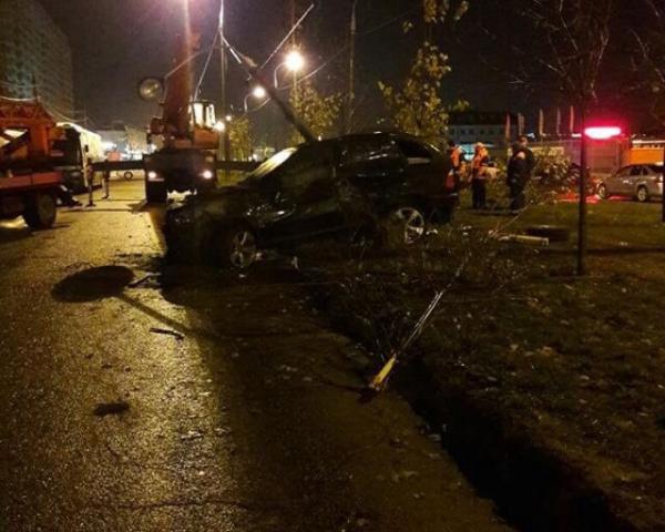 В Краснодаре водитель автомобиля BMW Х5 насмерть сбил двоих пешеходов
