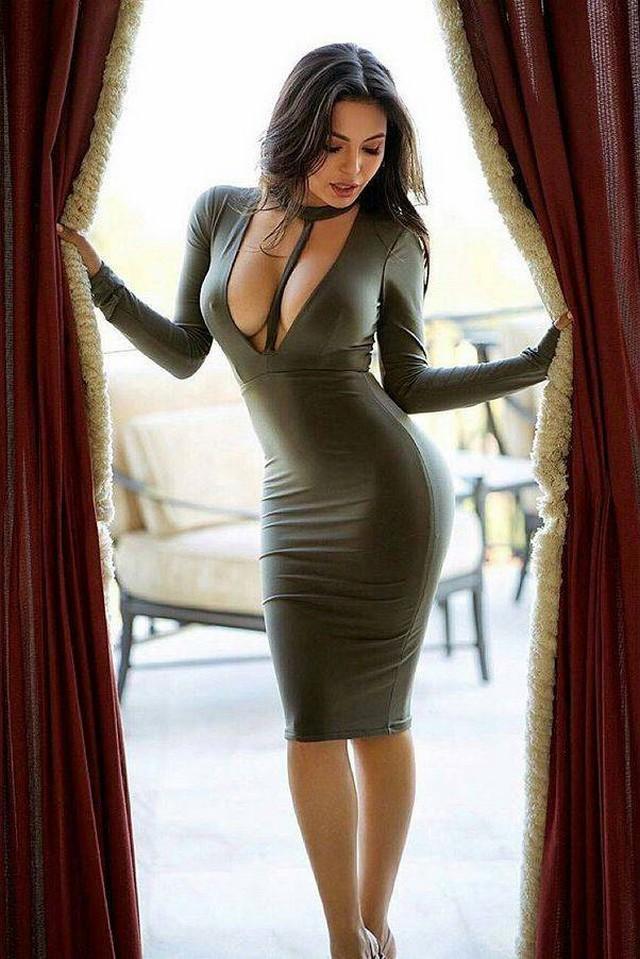 фото сексуальных девушек в платьях