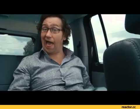 Видео женщина садится пиздой на автомобильный крючком, порно трахнул подругу дома