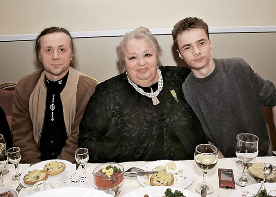 Как прошли похороны Жанны Фриске (фото, видео, трансляция)