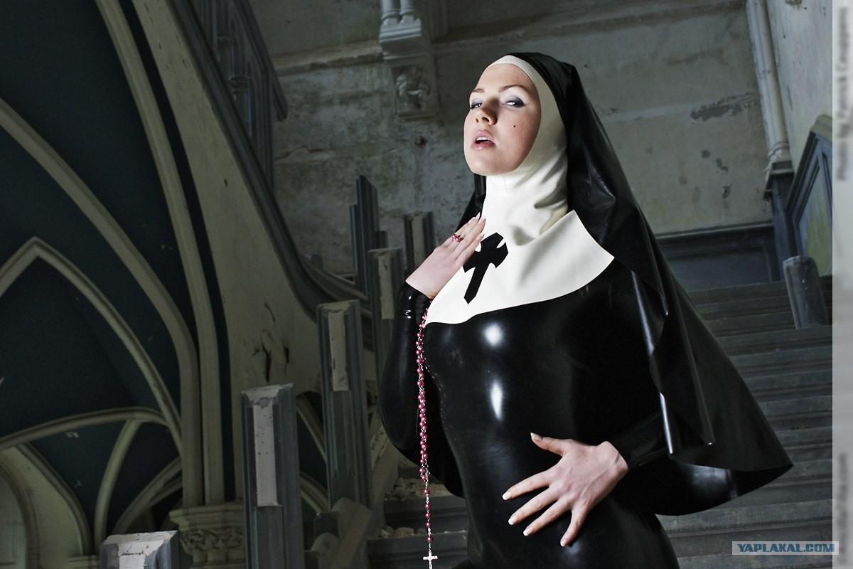 Монашка была проституткой транссексуалки проститутки питера