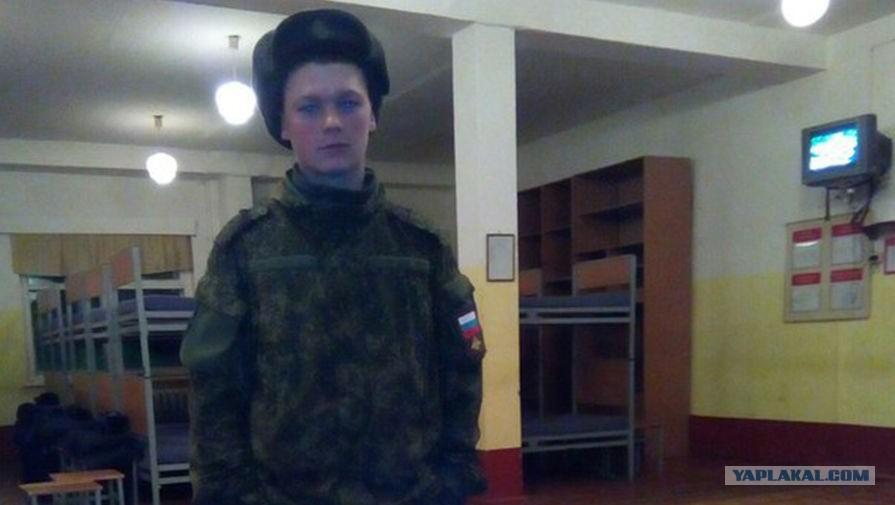Русский секс дал свою подругу поебать другому
