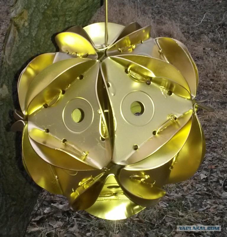 Уличные ёлочные игрушки своими руками из дисков