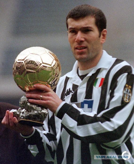 Легенда немецкого футбола обладатель золотого мяча