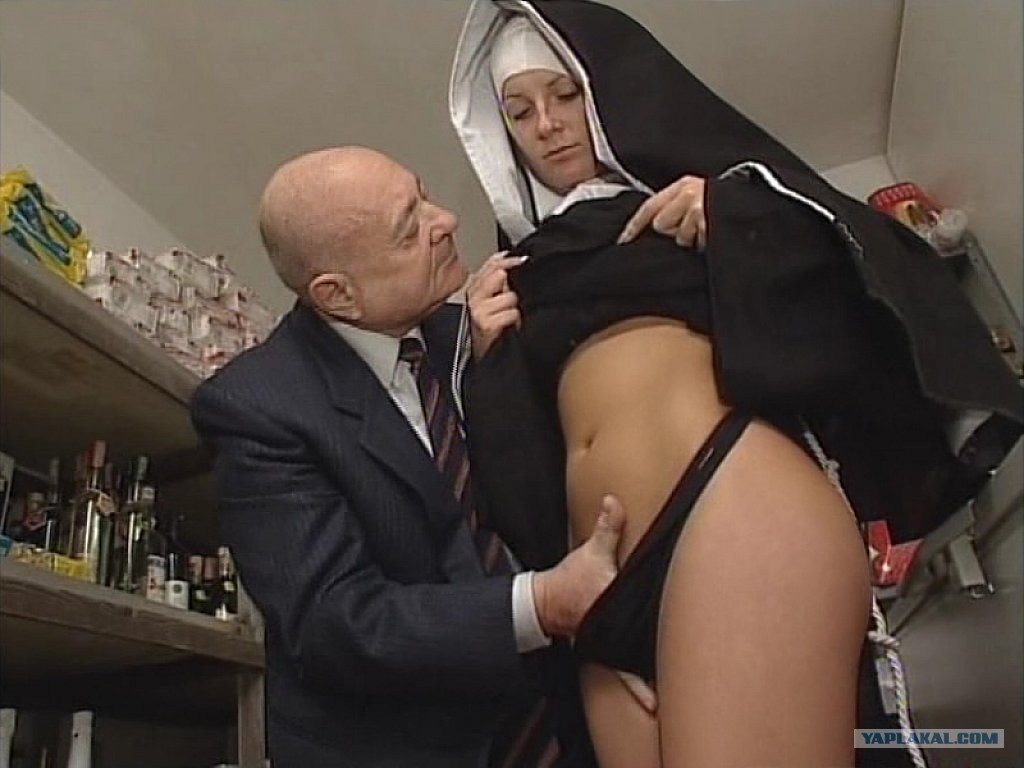 Priest free sex video — 4