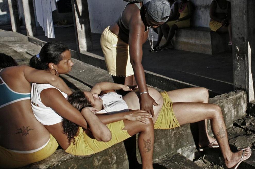 Смотреть унижение женщин на зоне фото 339-865