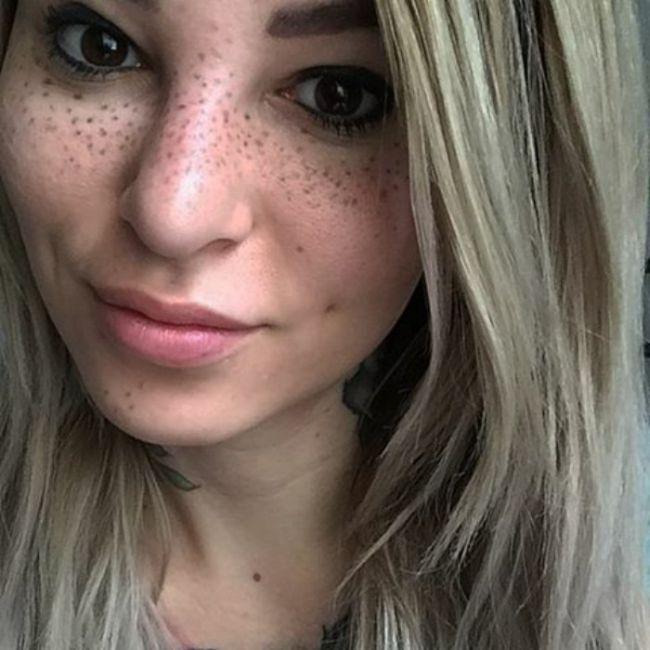 Чем можно замаскировать пигментные пятна на лице