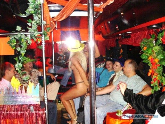 Скрытая камера в автобусах дискотеках
